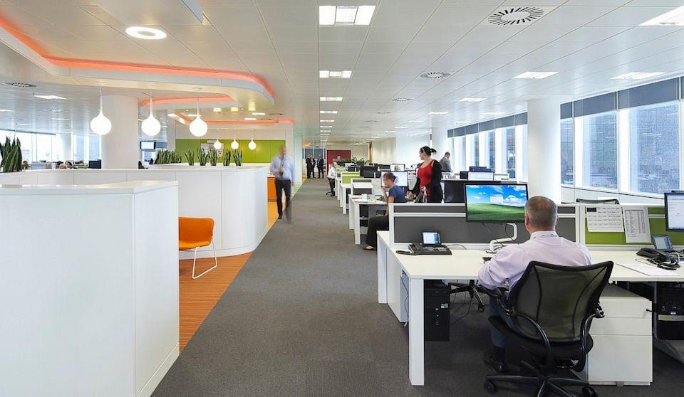 Wyciszanie biur- uzyskaj komfort akustyczny